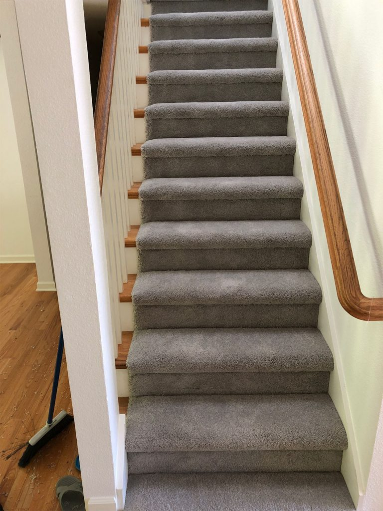 web-modern-cut-pile-carpet-installed-bullnose-stairs